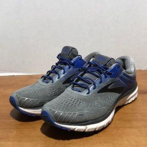 Men's Brooks adrenaline GTS 18 size 8 running shoe
